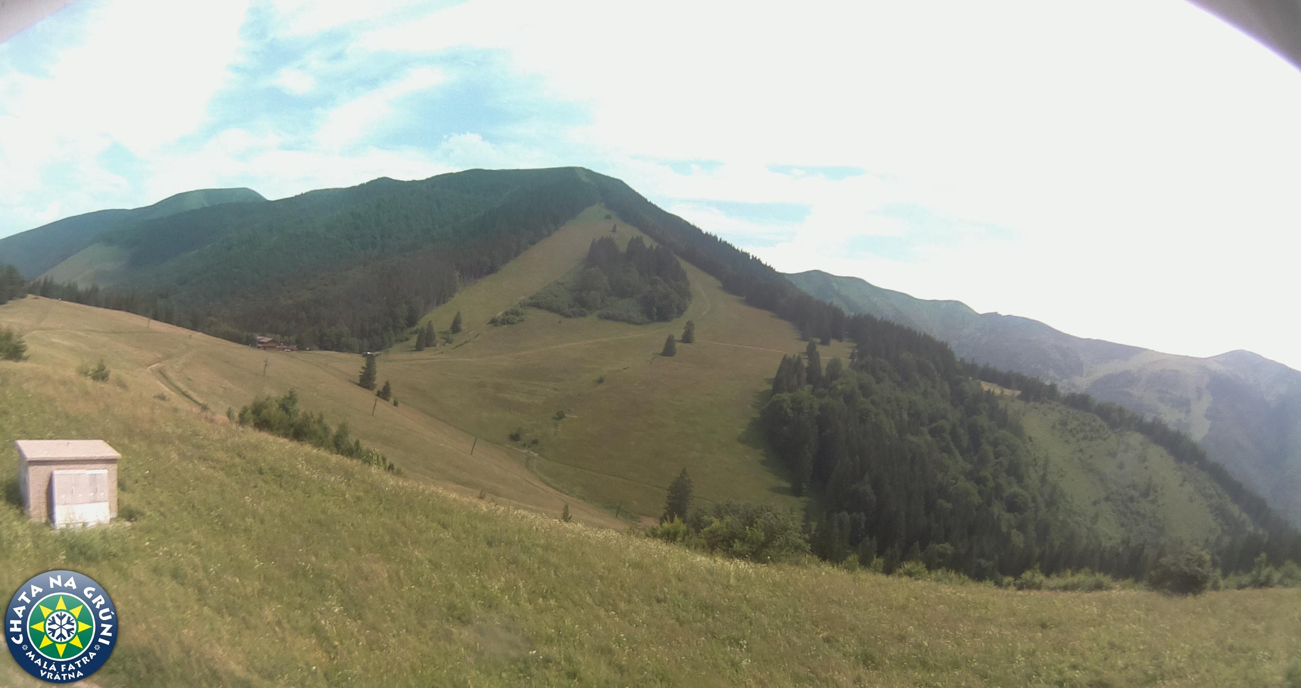 Webkamera: Vrátna - Grúň (pohľad z Chaty na Grúni)